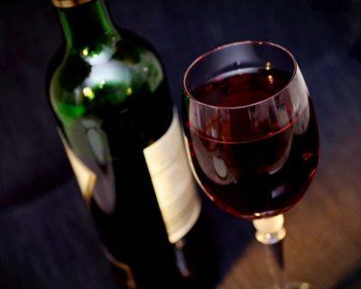 Wein in Rot